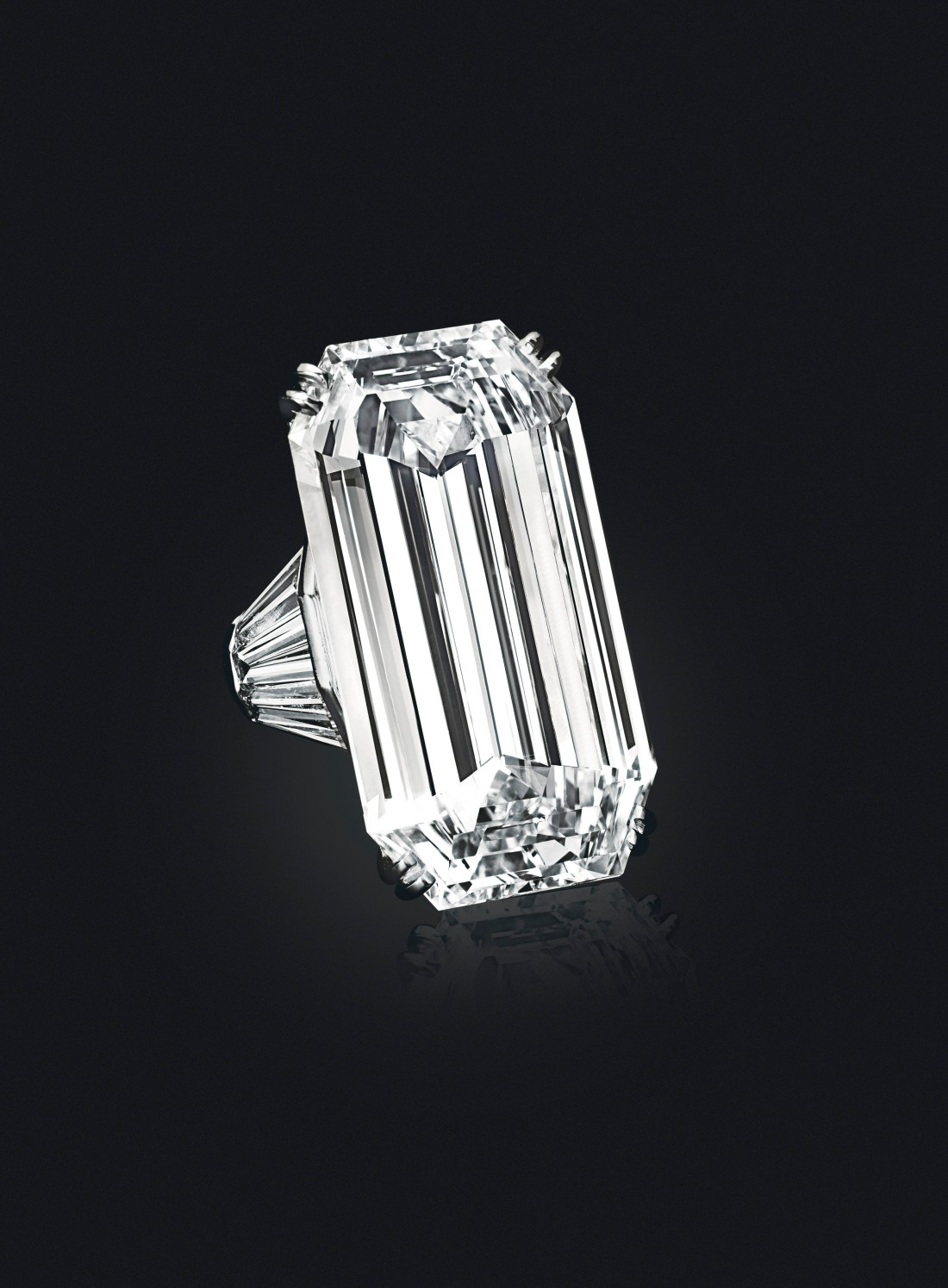 The Mirror of Paradise 52.58-carat Golconda diamond, shown in three-quarter view on a black background. It is in a ring setting.